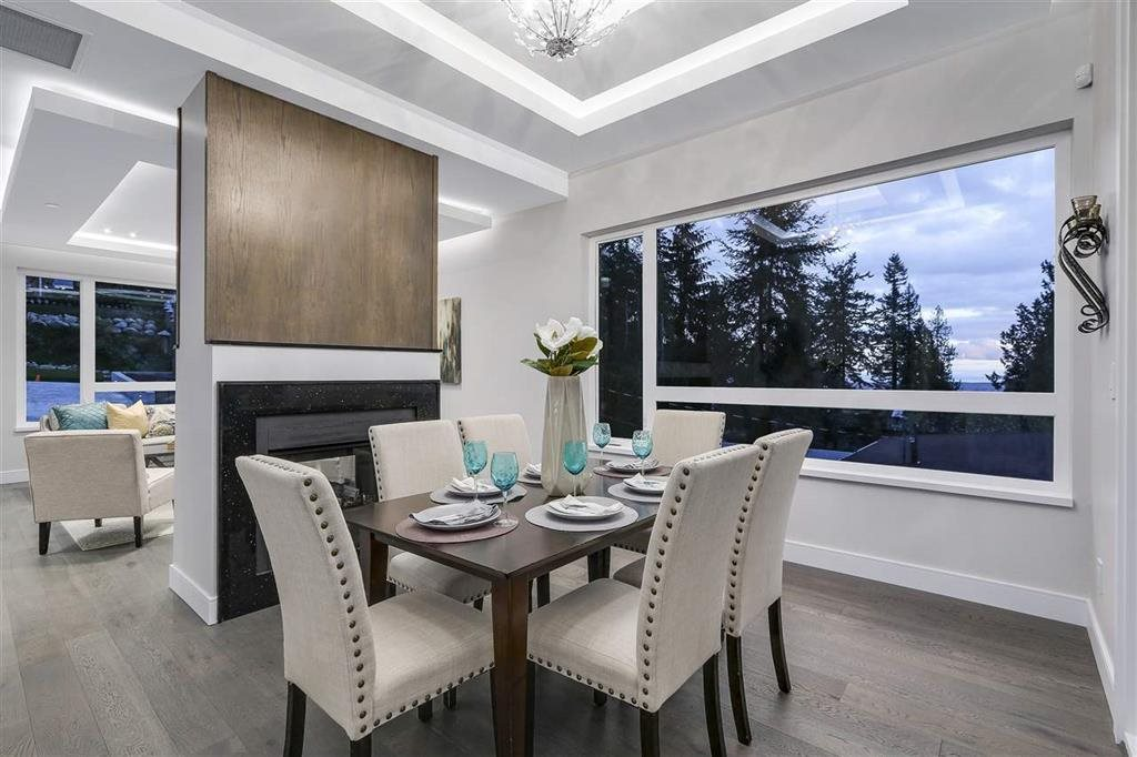 Photo 7: Photos: 505 VENTURA Crescent in North Vancouver: Upper Delbrook House for sale : MLS® # R2204395