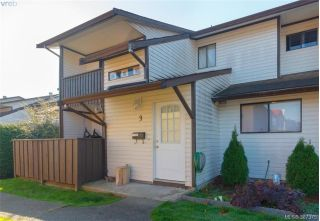 Main Photo: 3 1506 Admirals Road in VICTORIA: VR Glentana Townhouse for sale (View Royal)  : MLS® # 387375