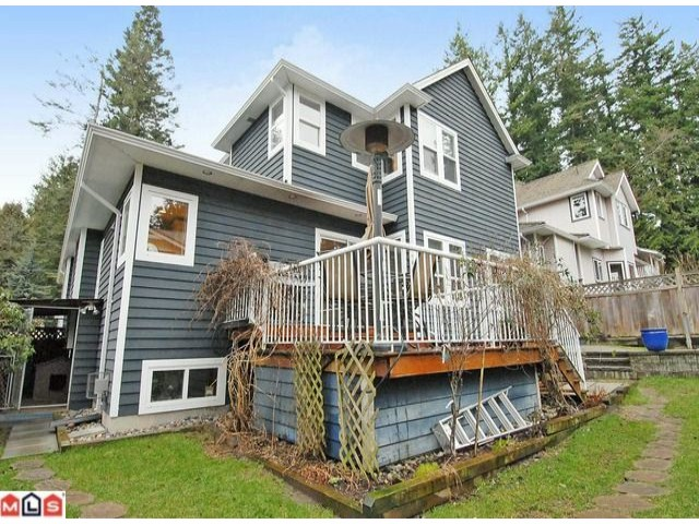 "Photo 10: 12736 15TH Avenue in Surrey: Crescent Bch Ocean Pk. House for sale in ""1001 Steps"" (South Surrey White Rock)  : MLS(r) # F1103924"