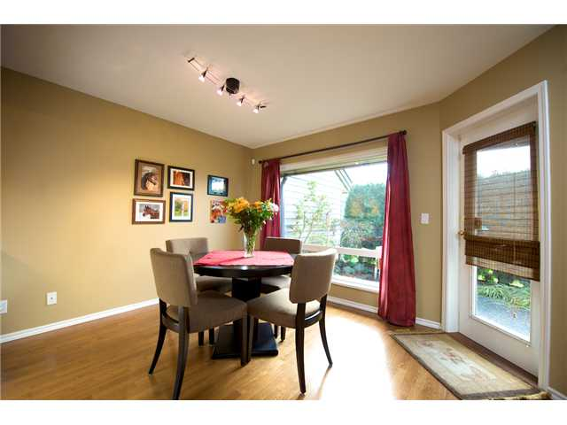 "Photo 3: 64 11737 236TH Street in Maple Ridge: Cottonwood MR Townhouse for sale in ""MAPLEWOOD CREEK"" : MLS(r) # V876539"