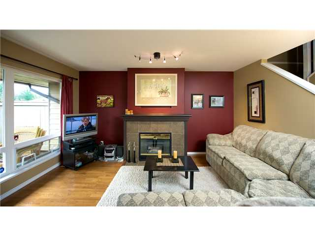 "Photo 2: 64 11737 236TH Street in Maple Ridge: Cottonwood MR Townhouse for sale in ""MAPLEWOOD CREEK"" : MLS(r) # V876539"