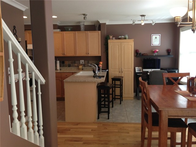 Photo 3: # 12 46906 RUSSELL RD in Sardis: Promontory Townhouse for sale : MLS® # H1301997