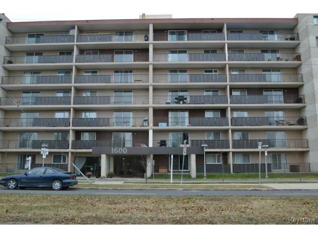 Main Photo: 1600 Taylor Avenue in WINNIPEG: River Heights Condominium for sale (South Winnipeg)  : MLS® # 1400580
