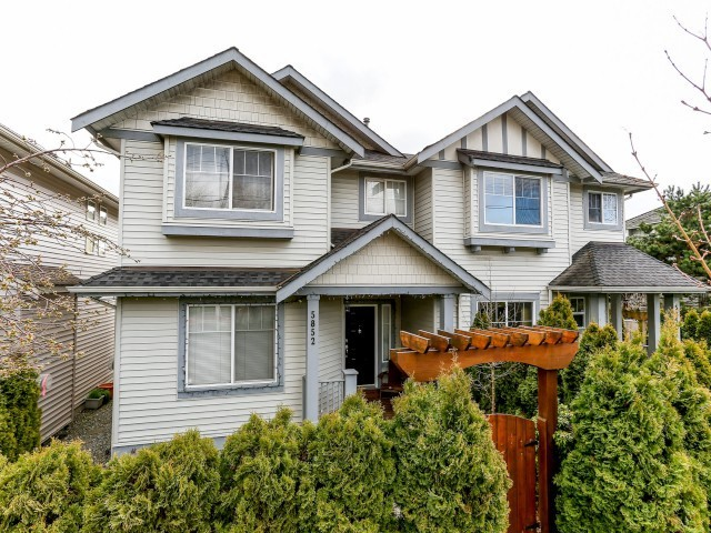Main Photo: 5852 148TH Street in Surrey: Sullivan Station House 1/2 Duplex for sale : MLS® # F1407622