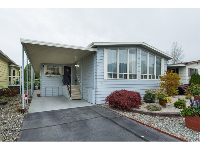"Main Photo: 4 1640 162 Street in Surrey: King George Corridor Manufactured Home for sale in ""Cherry Brook"" (South Surrey White Rock)  : MLS® # R2012919"