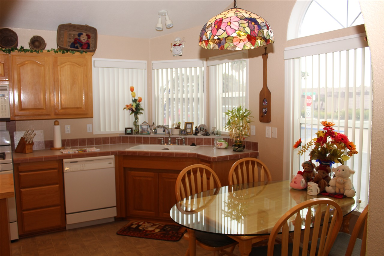 Photo 6: CARLSBAD SOUTH Manufactured Home for sale : 3 bedrooms : 7122 San Bartolo #1 in Carlsbad