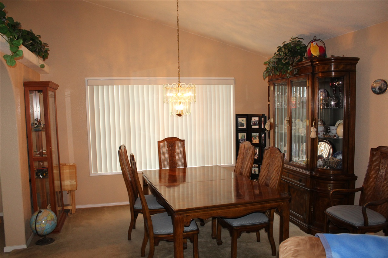 Photo 4: CARLSBAD SOUTH Manufactured Home for sale : 3 bedrooms : 7122 San Bartolo #1 in Carlsbad