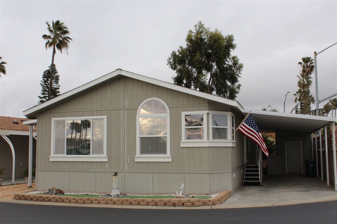 Photo 13: CARLSBAD SOUTH Manufactured Home for sale : 3 bedrooms : 7122 San Bartolo #1 in Carlsbad