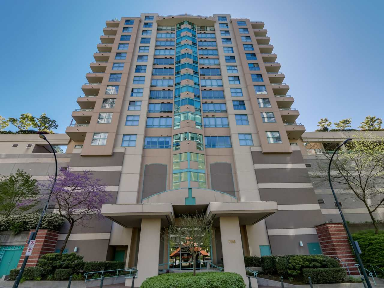 Main Photo: 403 728 PRINCESS Street in New Westminster: Uptown NW Condo for sale : MLS® # R2061685