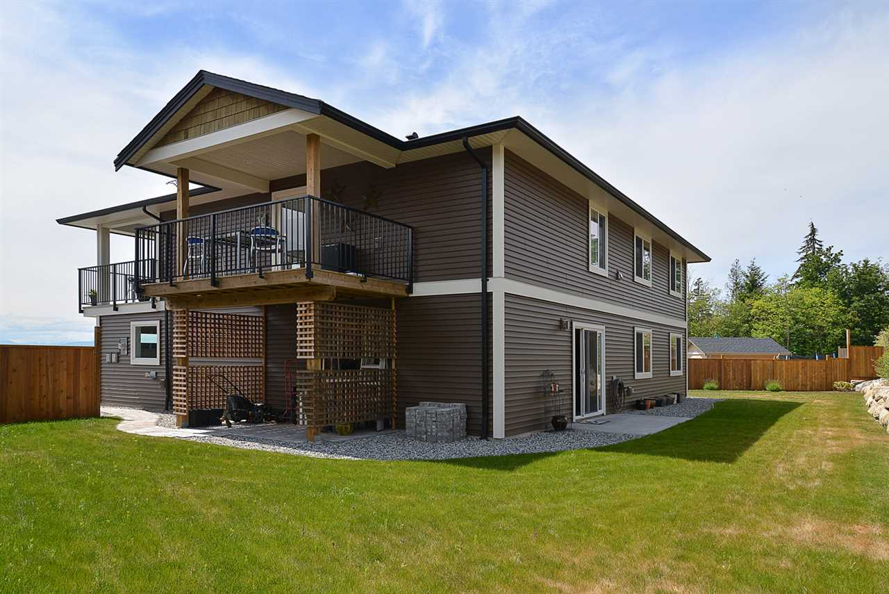 Photo 18: Photos: 6400 HIGGS Crescent in Sechelt: Sechelt District House for sale (Sunshine Coast)  : MLS® # R2072442