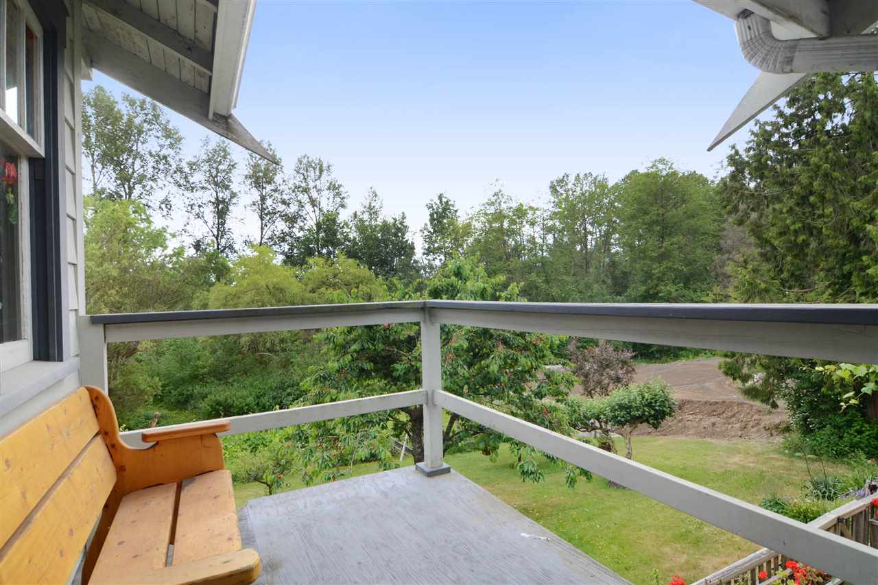 Photo 14: 4562 MARINE Drive in Burnaby: Big Bend House for sale (Burnaby South)  : MLS® # R2074382
