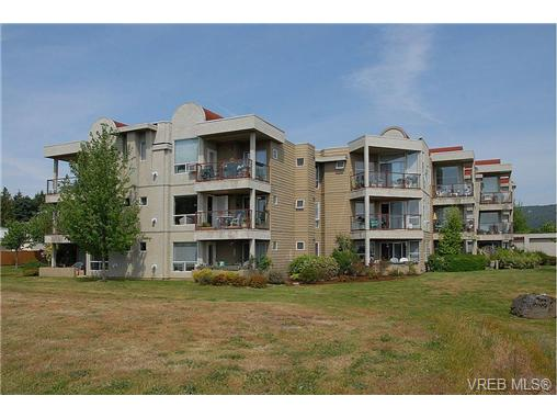 Main Photo: 205 6585 Country Road in SOOKE: Sk Sooke Vill Core Condo Apartment for sale (Sooke)  : MLS® # 367008