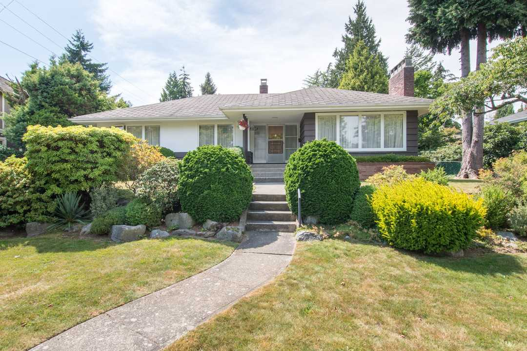 "Main Photo: 2037 ALLISON Road in Vancouver: University VW House for sale in ""UEL SOUTH"" (Vancouver West)  : MLS(r) # R2100165"