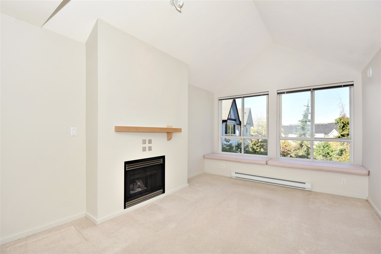"Photo 2: 410 6833 VILLAGE GREEN in Burnaby: Highgate Condo for sale in ""Carmel by Adera"" (Burnaby South)  : MLS(r) # R2104902"