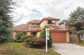 "Main Photo: 11946 WOODRIDGE Crescent in Delta: Sunshine Hills Woods House for sale in ""Sunshine Hills"" (N. Delta)  : MLS® # R2106494"