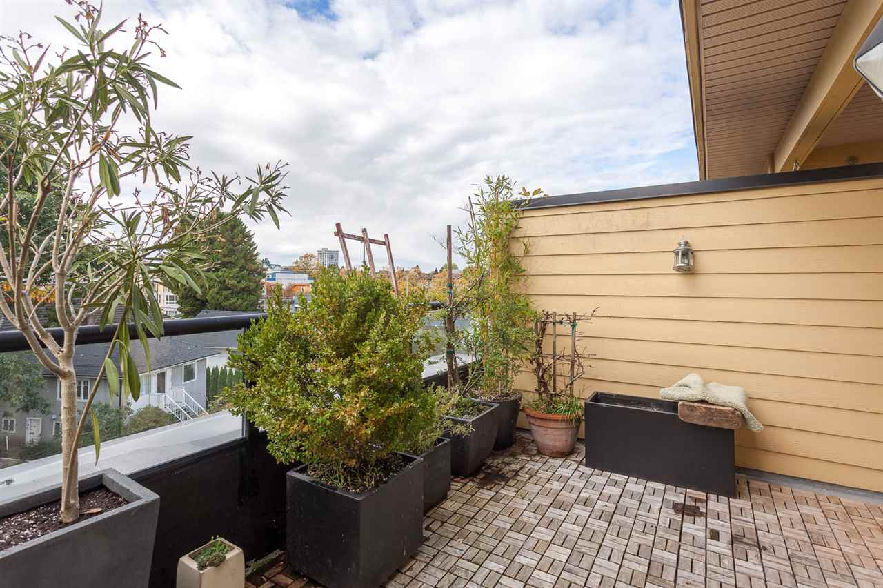 "Photo 16: 125 1863 STAINSBURY Avenue in Vancouver: Victoria VE Townhouse for sale in ""THE WORKS"" (Vancouver East)  : MLS® # R2115420"