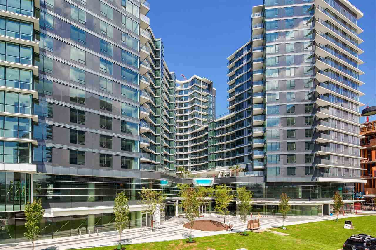 "Main Photo: 1028 68 SMITHE Street in Vancouver: Yaletown Condo for sale in ""ONE PACIFIC"" (Vancouver West)  : MLS® # R2137913"