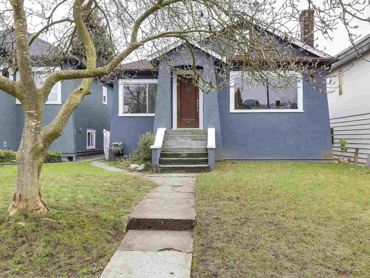 Main Photo: 3114 TURNER Street in Vancouver: Renfrew VE House for sale (Vancouver East)  : MLS® # R2147724