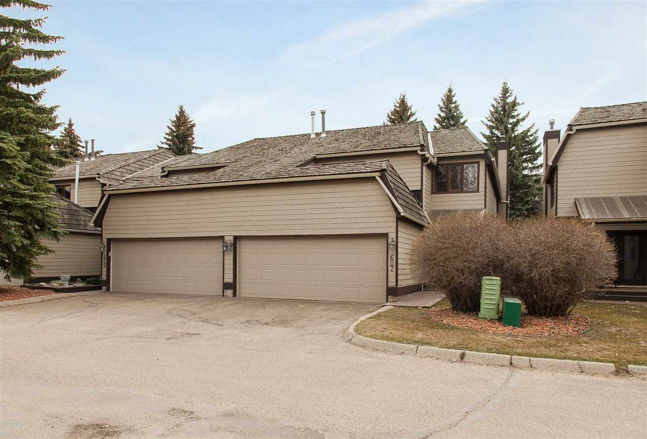 Main Photo: 607 Woodbridge Way: Sherwood Park Townhouse for sale : MLS® # E4061925