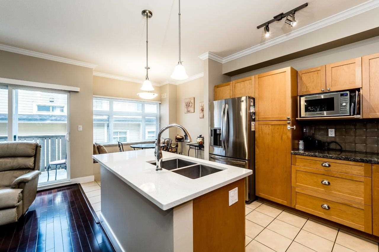 Photo 7: 878 W 58 Avenue in Vancouver: South Cambie Townhouse for sale (Vancouver West)  : MLS® # R2162586