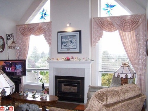 Photo 2: 405 45700 WELLINGTON Ave in The Devonshire: Home for sale : MLS(r) # H1104236