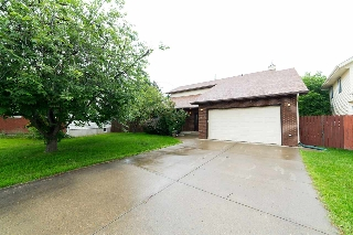 Main Photo: 3807 151 Street in Edmonton: Zone 14 House for sale : MLS(r) # E4069171