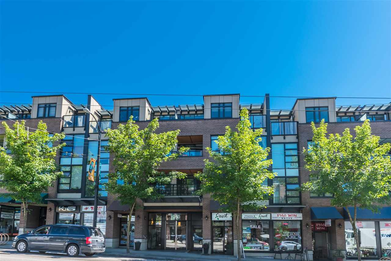 "Main Photo: 308 2150 E HASTINGS Street in Vancouver: Hastings Condo for sale in ""The View"" (Vancouver East)  : MLS(r) # R2184893"