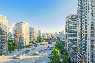 "Main Photo: 1203 888 HAMILTON Street in Vancouver: Downtown VW Condo for sale in ""ROSEDALE GARDEN"" (Vancouver West)  : MLS(r) # R2188961"