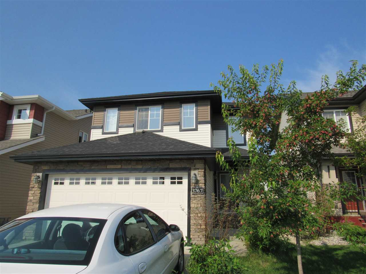 Main Photo: 3767 alexander Crescent SW in Edmonton: Zone 55 House for sale : MLS® # E4078241