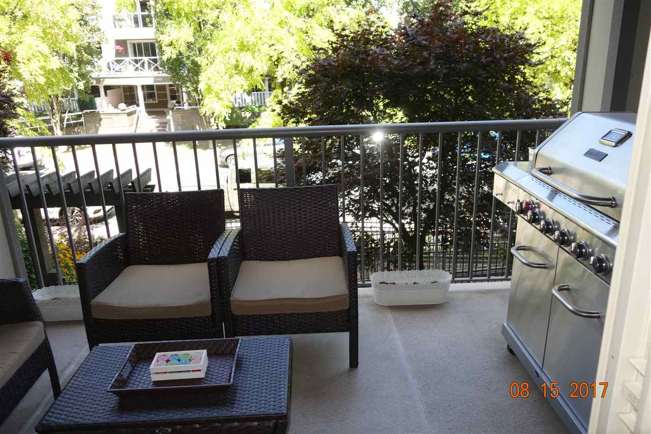 Spacious 11'7 x 8'3 balcony, great for hosting summer parties!
