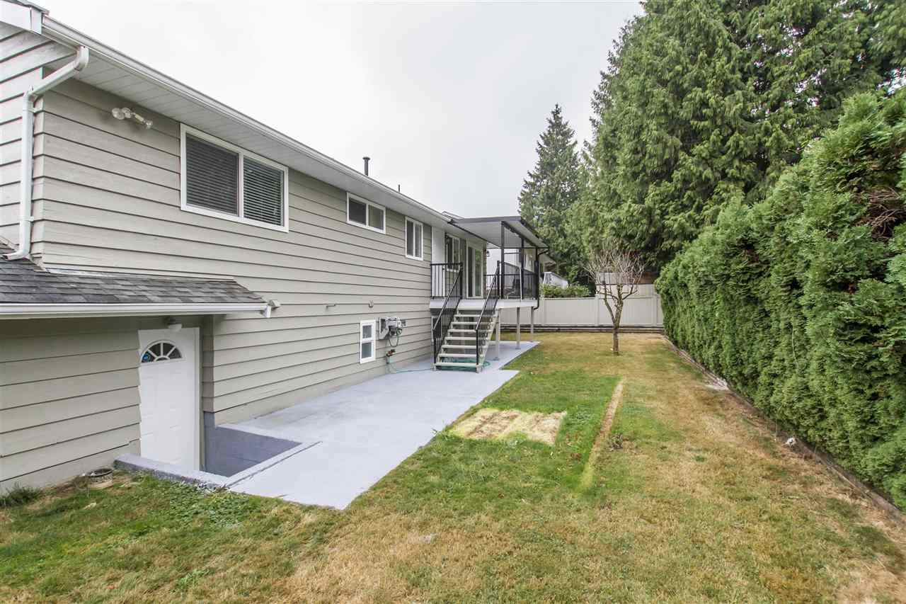 Photo 20: 644 CYPRESS Street in Coquitlam: Central Coquitlam House for sale : MLS® # R2205380