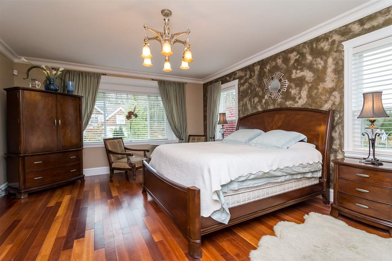 Photo 10: Photos: 16456 93B Avenue in Surrey: Fleetwood Tynehead House for sale : MLS® # R2235104
