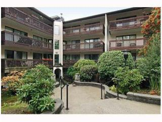 Main Photo: 402 9847 MANCHESTER Drive in Burnaby: Cariboo Condo for sale (Burnaby North)  : MLS® # R2246507