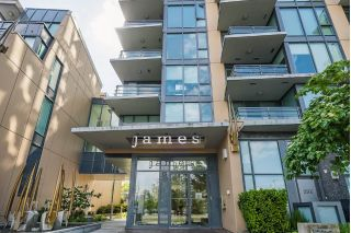 Main Photo: 258 W 1ST Avenue in Vancouver: False Creek Townhouse for sale (Vancouver West)  : MLS®# R2270657
