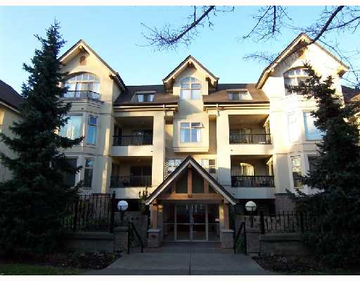 Main Photo: 105 55 E 10 Avenue in Vancouver: Mount Pleasant VE Condo for sale (Vancouver East)  : MLS® # V689093