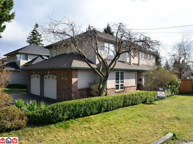 Main Photo: 13940 LAUREL Avenue: White Rock House for sale (South Surrey White Rock)  : MLS® # F1203959