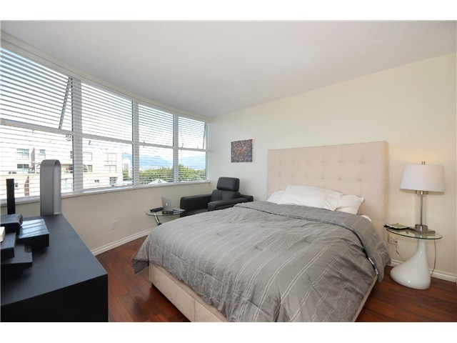 Photo 10: # 702 503 W 16TH AV in Vancouver: Fairview VW Condo for sale (Vancouver West)  : MLS® # V1018204