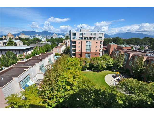 Photo 2: # 702 503 W 16TH AV in Vancouver: Fairview VW Condo for sale (Vancouver West)  : MLS® # V1018204