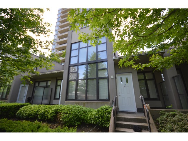 Main Photo: TH2 2355 Madison Avenue in Vancouver: Brentwood Park Townhouse for sale (Burnaby North)  : MLS®# V1011036