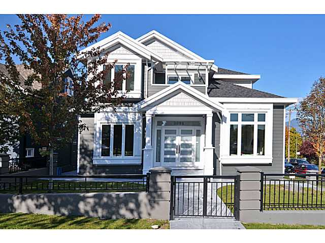 Photo 2: 3095 GRANT Street in Vancouver: Renfrew VE House for sale (Vancouver East)  : MLS® # V1032744