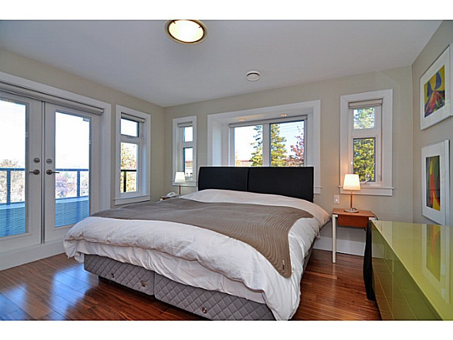 Photo 9: 3095 GRANT Street in Vancouver: Renfrew VE House for sale (Vancouver East)  : MLS® # V1032744