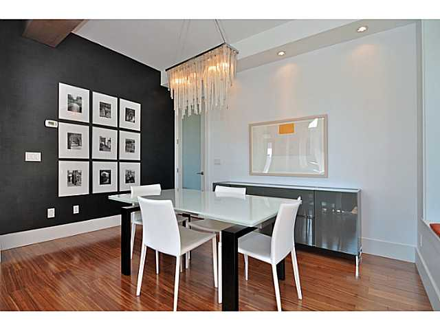 Photo 4: 3095 GRANT Street in Vancouver: Renfrew VE House for sale (Vancouver East)  : MLS® # V1032744
