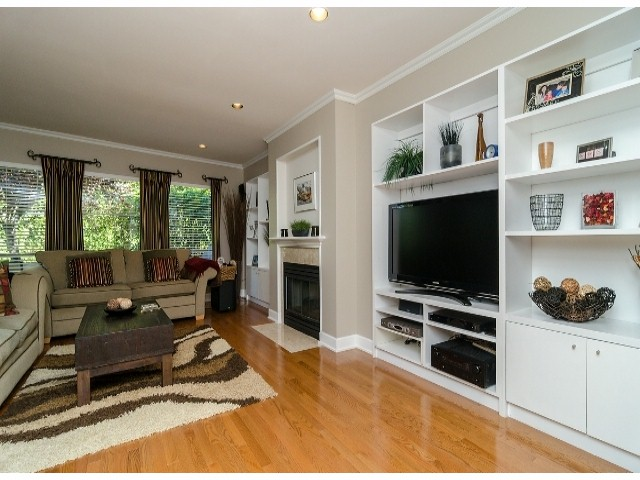 Photo 3: 1456 STEVENS Street: White Rock Townhouse for sale (South Surrey White Rock)  : MLS® # F1400124