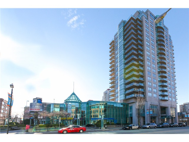 "Main Photo: 1801 612 SIXTH Street in New Westminster: Uptown NW Condo for sale in """"THE WOODWARD"""" : MLS®# V1051862"