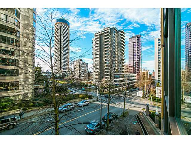 "Main Photo: 303 1367 ALBERNI Street in Vancouver: West End VW Condo for sale in ""THE LIONS"" (Vancouver West)  : MLS®# V1099854"