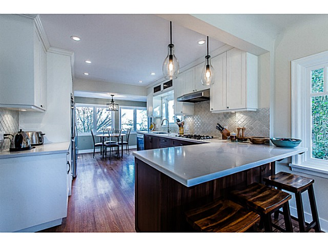 Photo 6: 331 ARBUTUS Street in New Westminster: Queens Park House for sale : MLS® # V1101805