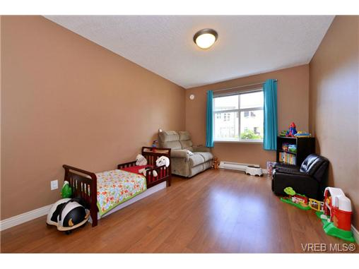 Photo 10: VICTORIA REAL ESTATE = Mt. Tolmie Condo For Sale SOLD With Ann Watley