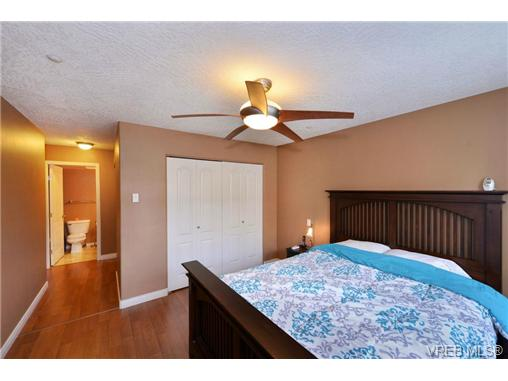 Photo 13: VICTORIA REAL ESTATE = Mt. Tolmie Condo For Sale SOLD With Ann Watley