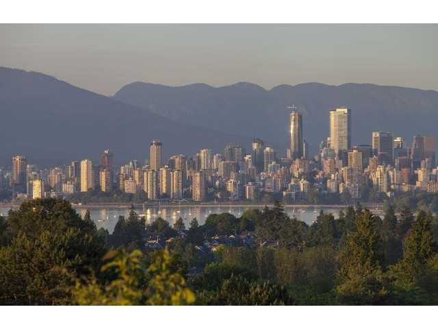 "Main Photo: 4216 W 8TH Avenue in Vancouver: Point Grey House for sale in ""POINT GREY"" (Vancouver West)  : MLS® # V1125944"