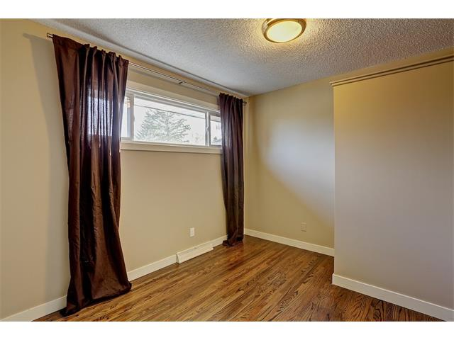 Photo 22: 4704 5 Avenue SW in Calgary: Wildwood House for sale : MLS(r) # C4015444